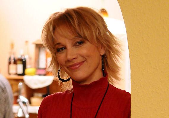 A színésznő Xantus Barbara 20 évnyi házasság után vált el férjétől, Szurdi Miklóstól.