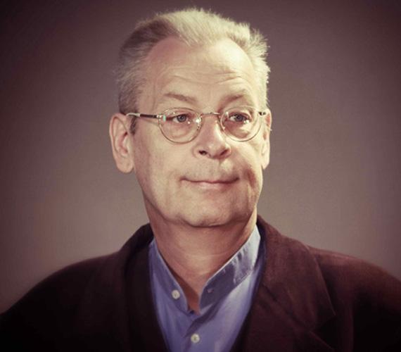 Augusztus 30-án a kórházban hunyt el Karácsony Tamás, a kaposvári Csiky Gergely Színház színművésze. Motorbalesetben olyan súlyos sérüléseket szenvedett, hogy egy hétig küzdöttek érte az orvosok, életét mégsem sikerült megmenteni.