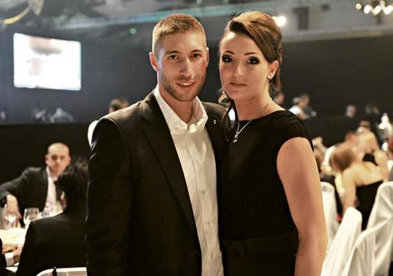 Berki Krisztián aranyérmes tornász olimpikon szintén sportoló szerelmével, Gál Máriával már az esküvőt tervezgeti, és gyerekeket is szeretnének, ha eljön az ideje.