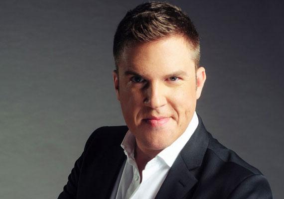 Saját műsort kap a SuperTV2 kereskedelmi csatornán Kasza Tibor énekes. Az alkotókat az sem zavarja, hogy a leendő műsorvezető beszédhibás, enyhén selypít.