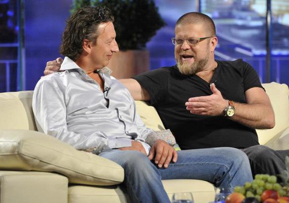 Szabó Győző, akinek sajátos szövetsége Csernus Imrével már több mint egy évtizede tart, nem számított arra, hogy a kíméletlennek hitt dokit könnyekig meg fogja hatni a DTK Show felvételén.