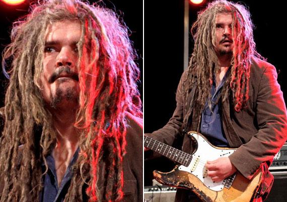 Októbert 16-án, kedden este egy súlyos autóbalesetben meghalt Pribil György gitáros, a Kimnowak zenekar egyik alapító tagja.