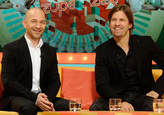 Új, merész, szórakoztató esti műsorként harangozta be az RTL Klub a Sebestyén Balázs és Vadon János vezette Vundersőn és Zuperszexit, de a vasárnapi első adásra csak az új és az esti jelzők illettek. Még egy halott nővel is viccelődtek.