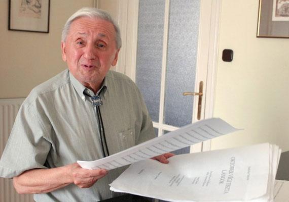 82 éves korában soproni otthonában hunyt el a Kossuth-díjas zeneszerző, Szokolay Sándor 2013. december 8-án.