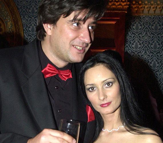 Tihanyi-Tóth Csaba és felesége április elejére várja a picit, akiről már biztosan tudják, hogy fiú lesz, és szülei már a tökéletes nevet is megtalálták számára.