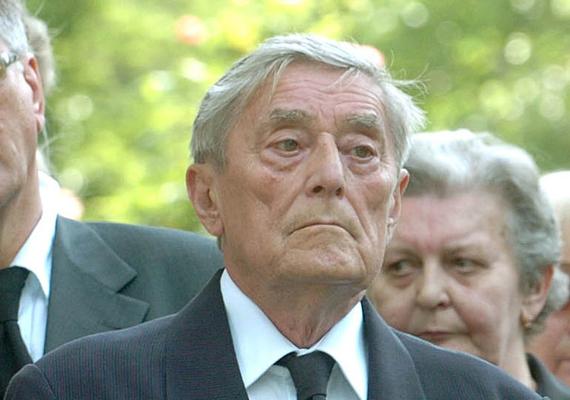 87 éves korában elhunyt Rapcsányi László újságíró, a Magyar Rádió munkatársa.