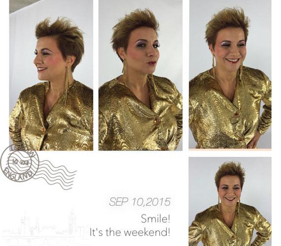 Vissza a '80-as és '90-es évekbe - Ábel Anita sminkje és a ruhája is ezeket az évtizedeket idézi.