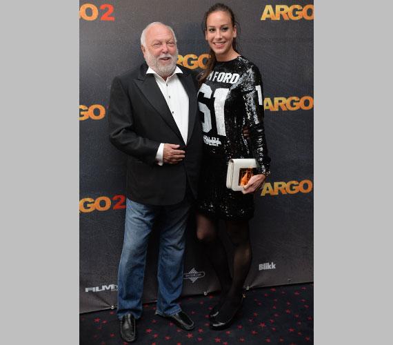 Az Argo 2-t a Nemzeti Filmalap is támogatta, így az akcióvígjáték sikerének Andy Vajna és felesége, Vajna Tímea is szurkolt.