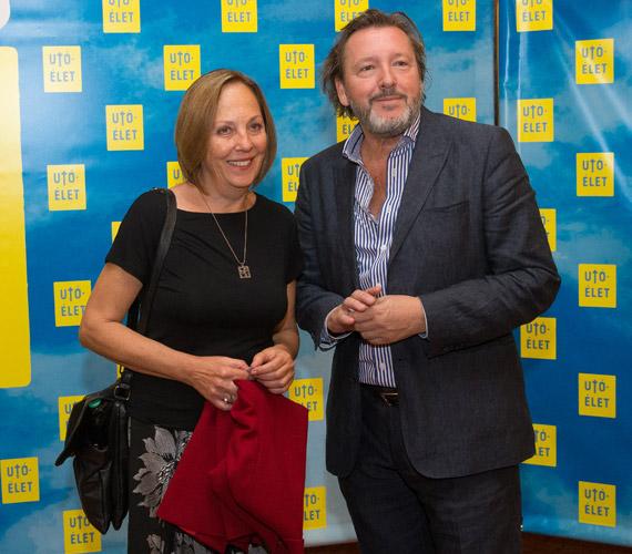 Gálffi László, a film főszereplője feleségével.