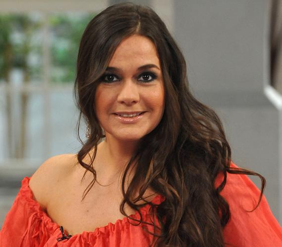 Geszler Dorottya 1989-ben a Miss Hungary harmadik helyezettje volt. Még ugyanebben az évben a Magyar Televíziónál kezdett el dolgozni. Láthattuk a Sportszombat, a Popkorong, a Játék határok nélkül, a Zenebutik vagy a Telemázli című műsorokban.