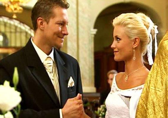 Géza (Németh Kristóf) és Kinga (Som-Balogh Edina) a Barátok közt egyik álompárja a nézők szemében, az esküvőjüket is mindenki nagyon várta.