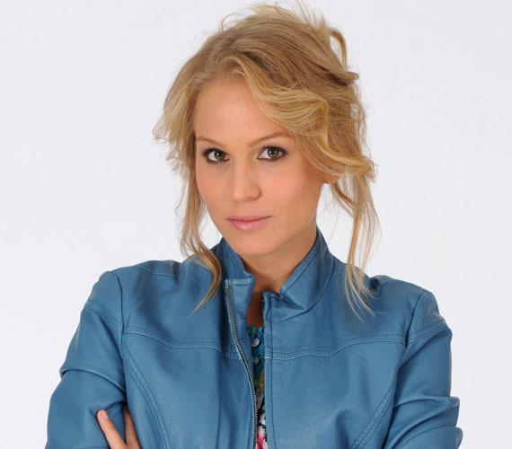 A Barátok közt szereplői május közepén csapatépítő tréningen lazítottak, amelyen Nagy Alexa színésznő váratlan bejelentést tett: négy év után otthagyja az RTL Klub napi sorozatát.
