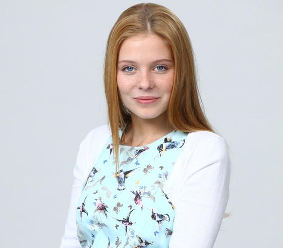 A Bokros Lindát megformáló Munkácsy Kata Aradi Balázzsal együtt köszönt el a nézőktől 2014 márciusában, két hónappal később karaktereik a forgatókönyv szerint egyszerre utaztak el külföldre. Másfél évig volt a Barátok közt szereplője.