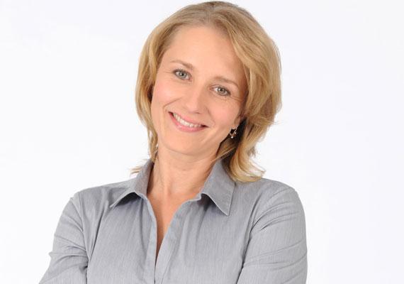 Az Illés Júliát játszó Mérai Katalin 2008 szeptemberében adott életet kisfiának, Bálintnak.