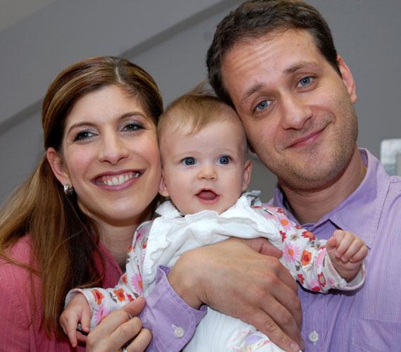 Béres Alexandra kislánya, Panna 2009. október 20-án természetes úton jött világra 3960 grammal és 60 centiméterrel. A boldog apuka, Barna Krisztián végig felesége mellett volt.