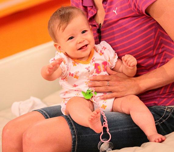 Panna még kilenc hónapos kisbabaként az RTL Klub Reggeli című műsorában.