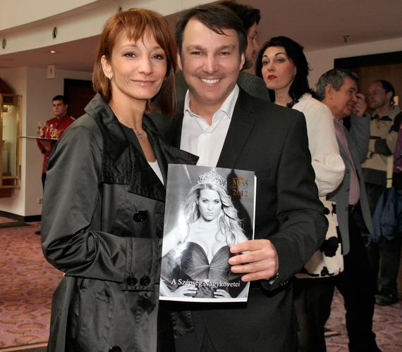 A Miss Hungary 2012 A Szépség Nagykövetei nevezetű, új koncepciójához és az azt bemutató sajtótájékoztatójához Keresztes Ildikó énekesnő is örömmel csatlakozott.