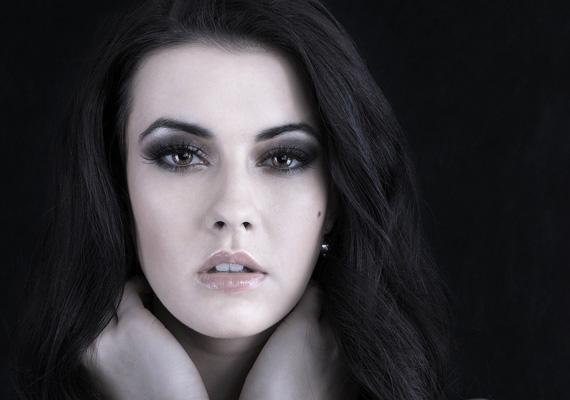A 20 éves Borkai Petra már több szépségversenyt is nyert - a képeket elnézve nem csoda.
