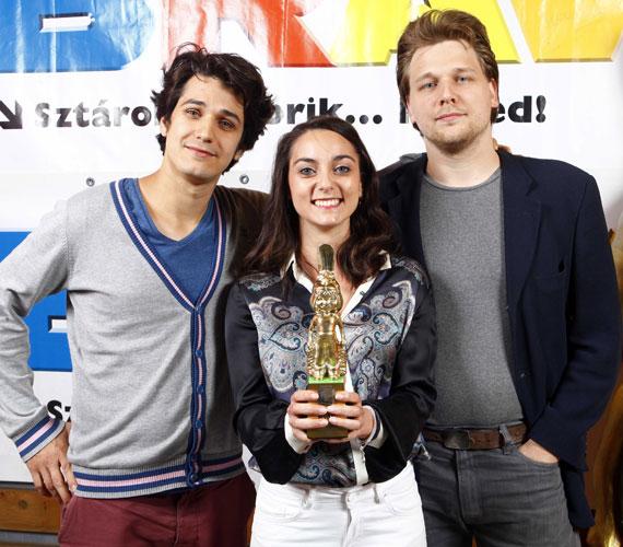 A Music Channel különdíját, amely Az év videoklipjéért jár, Boggie - Parfüm című dalának ítélték oda az olvasók.