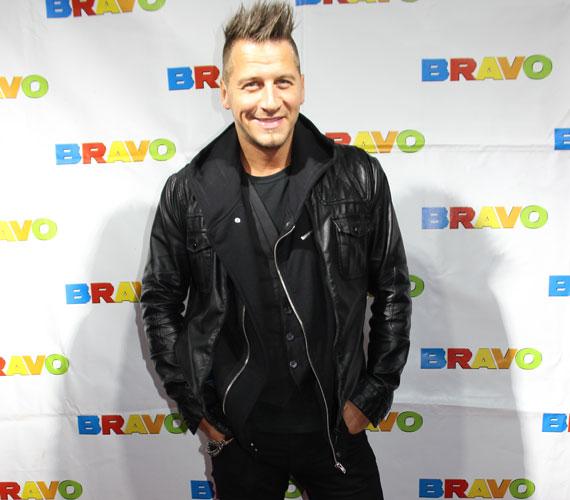 A 2014-es év férfi előadójának, 2011 után ismét Vastag Csabát választották a BRAVO olvasói. Ő Caramel, Kállay-Saunders András, Király Viktor és Kocsis Tibor mellett volt jelölt.