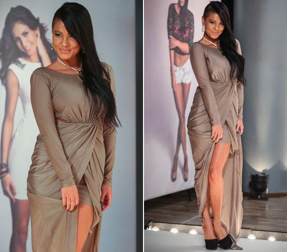 Szandra nőies idomaival és stílusváltásával is Jennifer Lopezt idézte a kifutón.