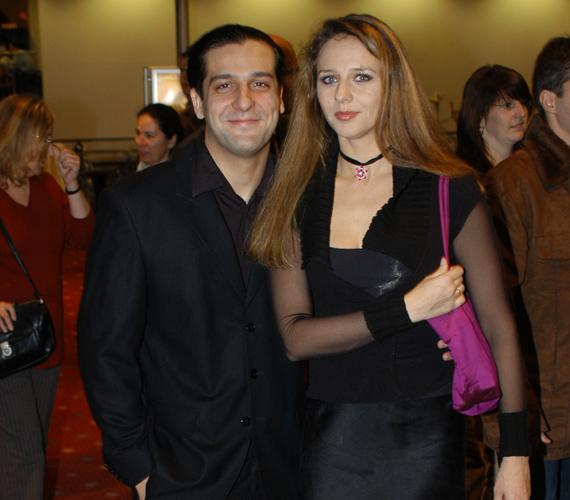 A pár házasságában állítólag az okozott problémát, hogy a színész egyik pillanatról a másikra lett híres.