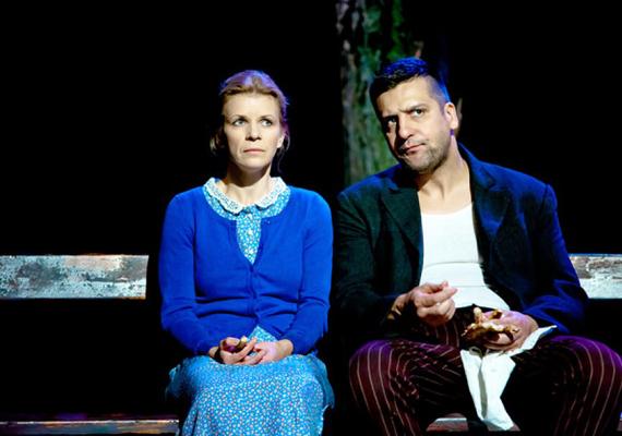 Molnár Ferenc Liliomjának 2014-es színpadi adaptációjában a darab szerelmespárját, Liliomot és Julit alakították.