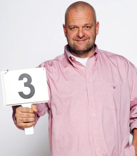 Fáy Miklós  A kritikus szigorú ítéleteivel bizony nem mindig lopta be magát a versenyzők szívébe a második évadban - ígérete szerint 2011-ben sem lesz vajszívű.