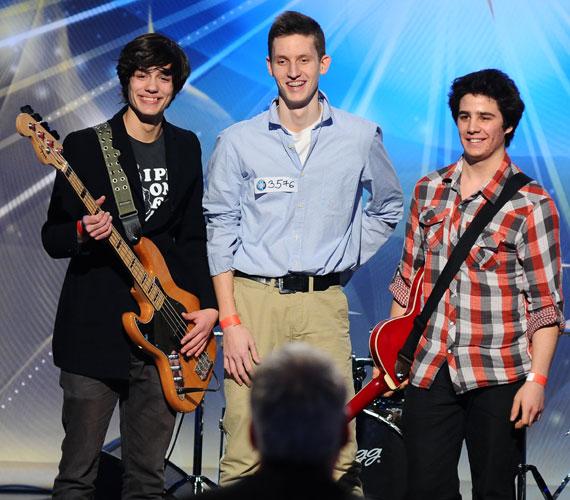 A The Immigrants nevű, fiatal pécsi srácokból álló zenekar.