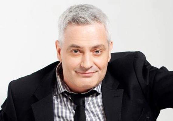 Abaházi Csaba a Danubius Rádió Kívánságműsorának vezetője volt. 2002-ben az év műsorvezetőjének választották. A danubiusos kollégákból állt össze a Best Of nevezetű zenekar, amelyben három évig énekelt, a rádió megszűnése után a ClassFM Kívánságműsor vezetője lett, amit a mai napig nagy odaadással és örömmel űz. Két gyermeke született, 2005-ben Rómeó, 2008-ban pedig Demeter.
