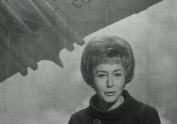 Lénárd Judit 1964 januárjában váltotta Poór Klárit és Kovács P. Józsefet a műsorvezetői székben. Csupán 11 hónapig, 1964 decemberéig vezette a műsort. A legendás tévésnél 42 évesen súlyos betegséget diagnosztizáltak, ám még mielőtt az elhatalmasodhatott volna a testén, önként vetett véget életének 42 éves korában.