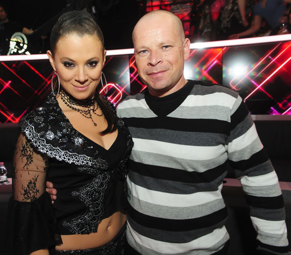 A felkészülésben a NOX egykori tagja, Nagy Tamás is segített, hogy a koreográfia tökéletes legyen.