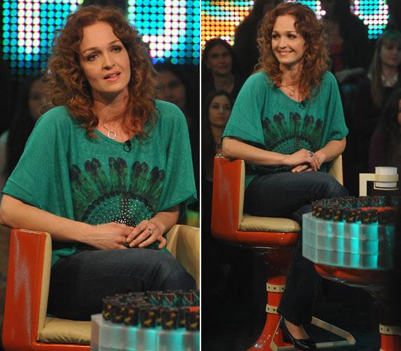 Horváth Lili színésznő visszafogottan farmert és egy smaragdzöld felsőt húzott.