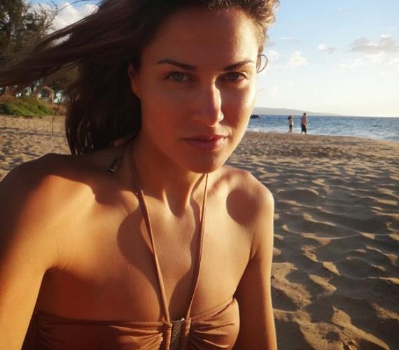 Természetesen az egyik legszebb magyar úszónő, Jakabos Zsuzsanna sem maradt ki a bikinis fotók közzétételéből - májusban rakta ki a képet a Facebookra.