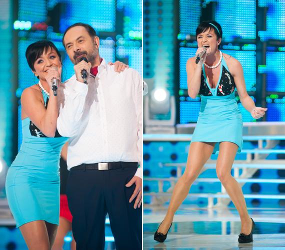 Szandi miniruhájában úgy ropta a színpadon, akár egy tinédzser. Az énekesnő elképesztően jó formában van.