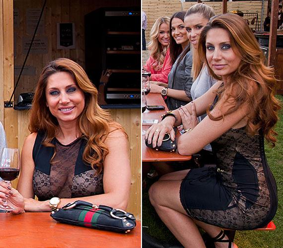 Horváth Éva, a VIASAT3 műsorvezetője egy baráti hangulatú nyárköszöntő borozgatáson viselte ezt a sokat mutató fekete csipkeruhát.