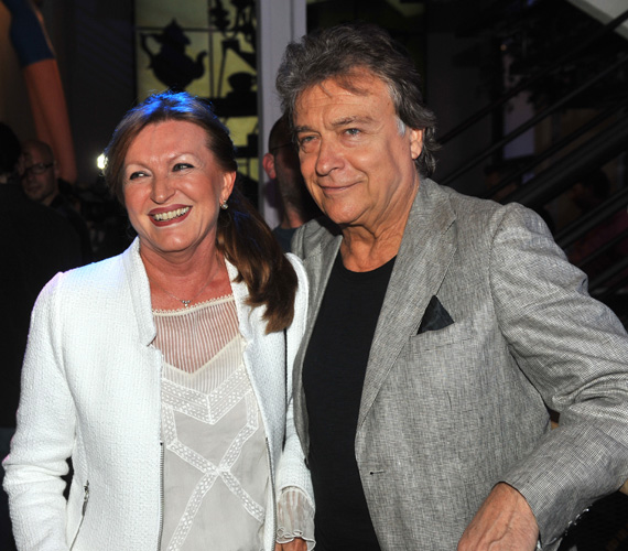 Lukács Sándor is feleségével tette tiszteletét. A még ma is sármos színész, aki már 35 éve hűséges feleségéhez, Lukács Marihoz, szintén beszélt magánéletéről a talkshow-ban.