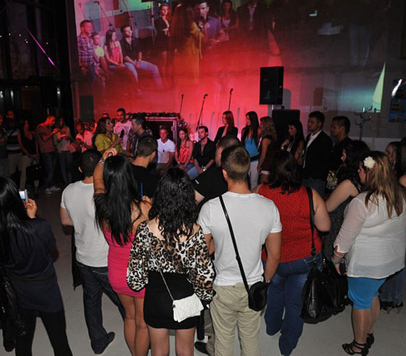 A közönséggel együtt megnézték a párválasztó ceremóniát, majd a kérdésekre is válaszoltak.