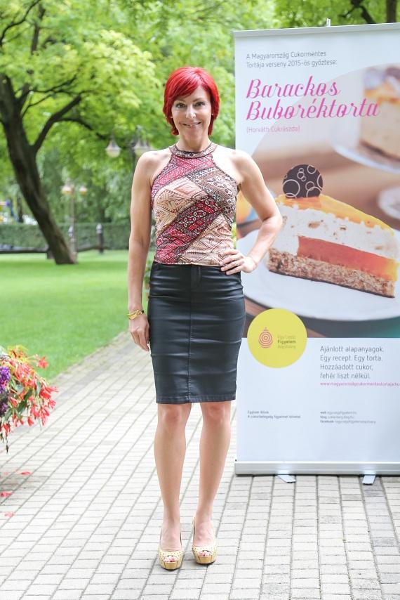 Többek között Erős Antónia, Mautner Zsófi és Vadon Jani zsűrizte az Magyarország Cukormentes Tortája versenyre beadott desszertcsodákat. Hármat választottak ki, lapozz tovább, és meglátod, milyen remekművek!