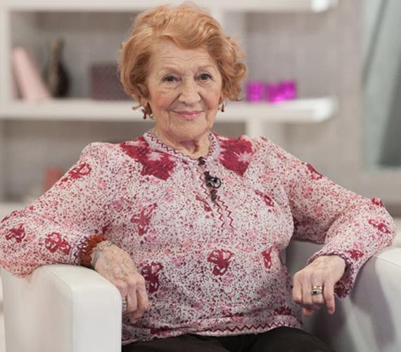 A 86 éves Kassai Ilona színésznő négyszer ment férjhez, az utolsótól, Zana Józseftől született Zoltán nevű fia, akit az egész ország Ganxta Zolee-ként ismer.