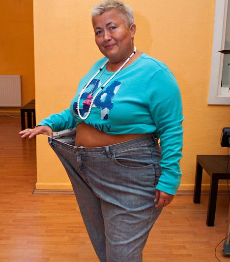 Több ruhaméretet fogyott  - A 100 kiló feletti embereket kövérnek szokták nevezni. Így ez alatt a súly alatt már nekem is van esélyem arra, hogy ne a kövérek közé tartozzak. Nagyon jó érzés erre gondolni, még jobban feldob. Ott tartok, hogy előbb-utóbb meg is kell válnom a régi ruháimtól, mert már mindenhez övet kell vennem - árulta el a büszke énekesnő.
