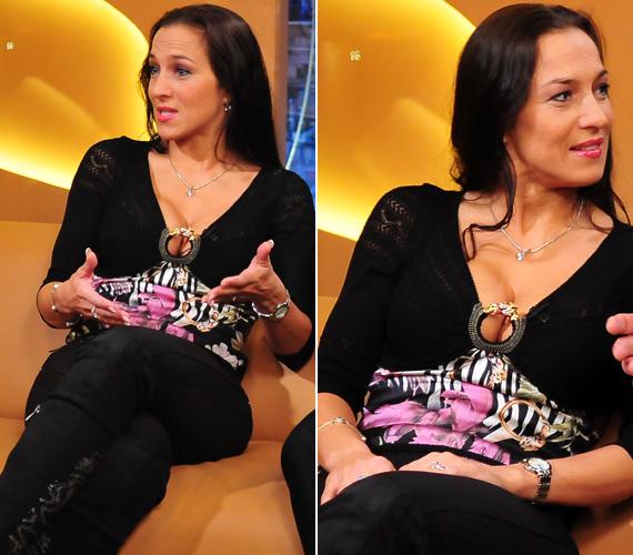A 41 éves színésznő dekoltázsát nem lehetett nem észrevenni. Nem csoda, hogy az RTL Klub női műsorvezetője, Teszári Nóra folytatta vele a beszélgetést.