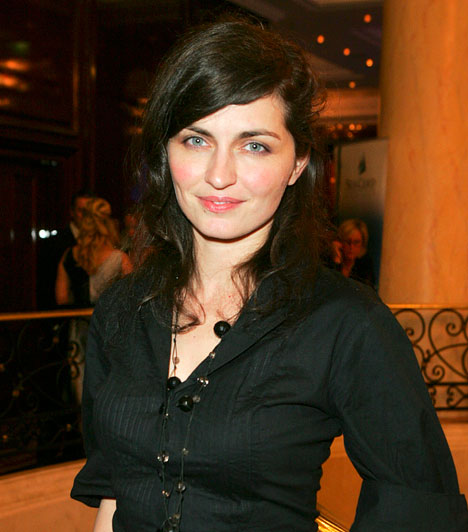 Marozsán Erika  A Szomorú vasárnap női főszereplője nemzetközi szinten is sikeres karriert mondhat magáénak, szerepelt például a 2000-ben Oscar-díjra jelölt Egy nap története című rövidfilmben is. 2013-ban többek között az HBO magyar sorozatában, a Terápiában szerepelt.