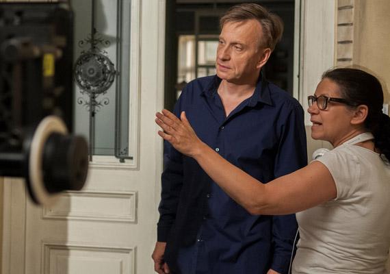 Ugyancsak októberben a magyar HBO saját sorozatát kezdi el vetíteni: a Terápia második évadában a Mácsai Pál által megformált Dargay Andráshoz új páciensek érkeznek.