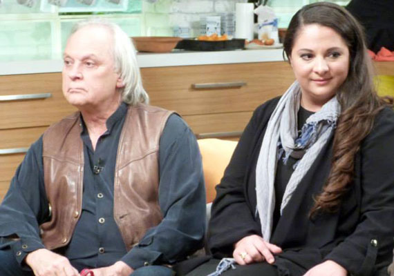 Benkő Péter kétszeres Jászai Mari-díjas színészre 60 fölött talált rá ismét a szerelem. 2010-ben állt harmadszor az oltár elé, és vette feleségül a nála 31 évvel fiatalabb Friedbauer Klaudiát, akivel a lovak szeretete hozta össze.