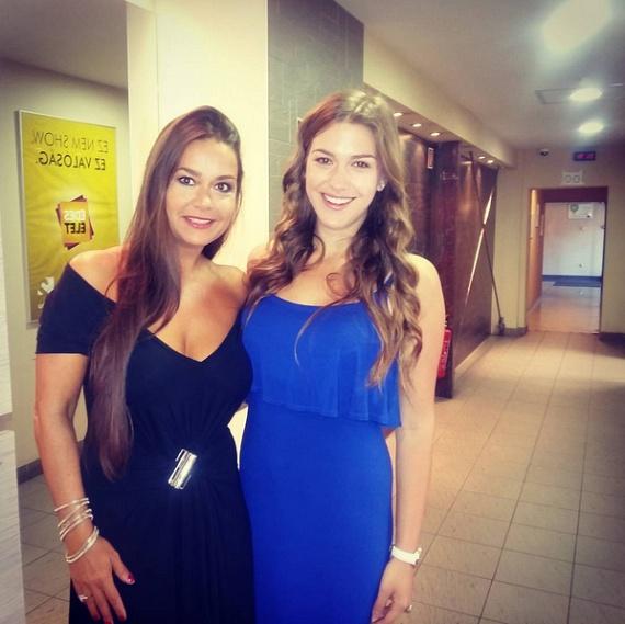Geszler Dorottya gyönyörű lányával, a 20 éves Laurával érkezett nemrég a FEM3 Caféba, aki örökölte édesanyja különleges szépségét.
