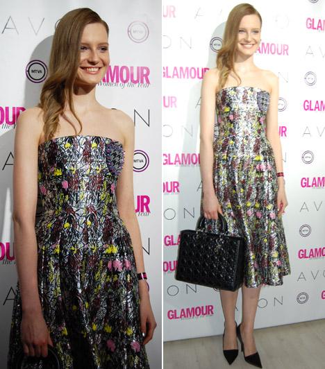 Gáll FranciskaA szintén jelölt modellt 2010-ben 17 évesen fedezték fel, azóta töretlen a karrierje. A Glamour-gálán egy vidám, tarka darabban partizott.