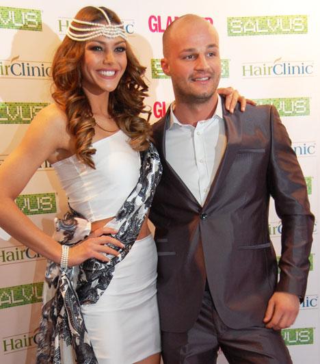 Kulcsár Edina és párja  A 2014-es Miss World Hungary és a londoni világverseny második helyezettje párjával érkezett. Ritka pillanat volt ez, hisz Máté kerüli a nyilvánosságot.