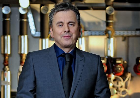 Friderikusz Sándort 2012 februárjában az RTL Klub Legyen Ön is milliomos! című vetélkedőjének új műsorvezetőjeként tért vissza a képernyőre. Ezt megelőzően utoljára 1999-ben láthatta a közönség tartósan és saját produkcióval a tévé képernyőjén.