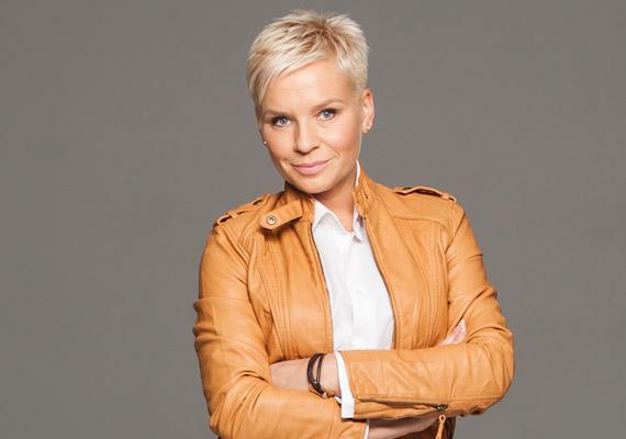 Máté Kriszta 2009 őszén távozott a TV2-től. A Tények, illetve a Forró nyomon műsorvezetője három év múlva a 2012 októberében indult RTL II csapatának tagjaként jelent meg ismét a képernyőn.